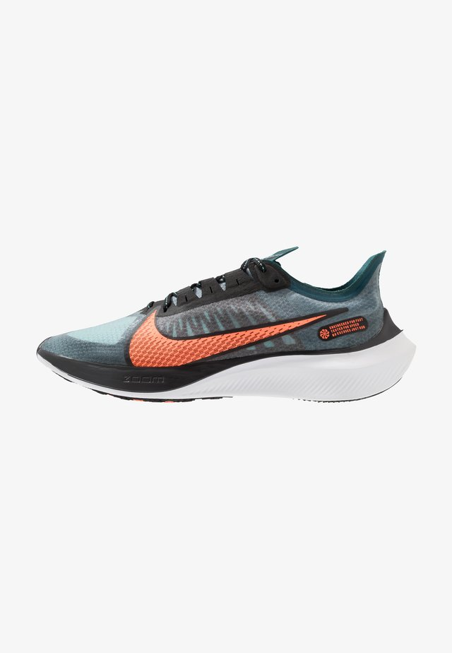 NIKE ZOOM GRAVITY - Chaussures de running neutres - midnight turquoise/hyper crimson/black/neptune green/aurora green/white