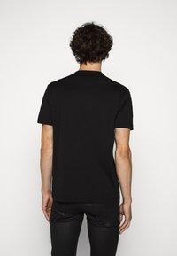 Belstaff - Basic T-shirt - black - 2