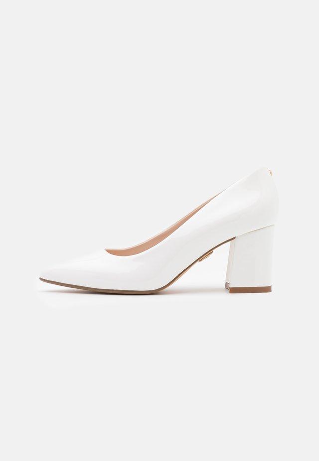 RAQUEL - Klassieke pumps - white