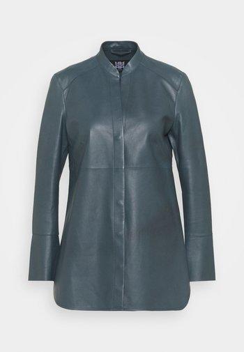 Button-down blouse - malachite