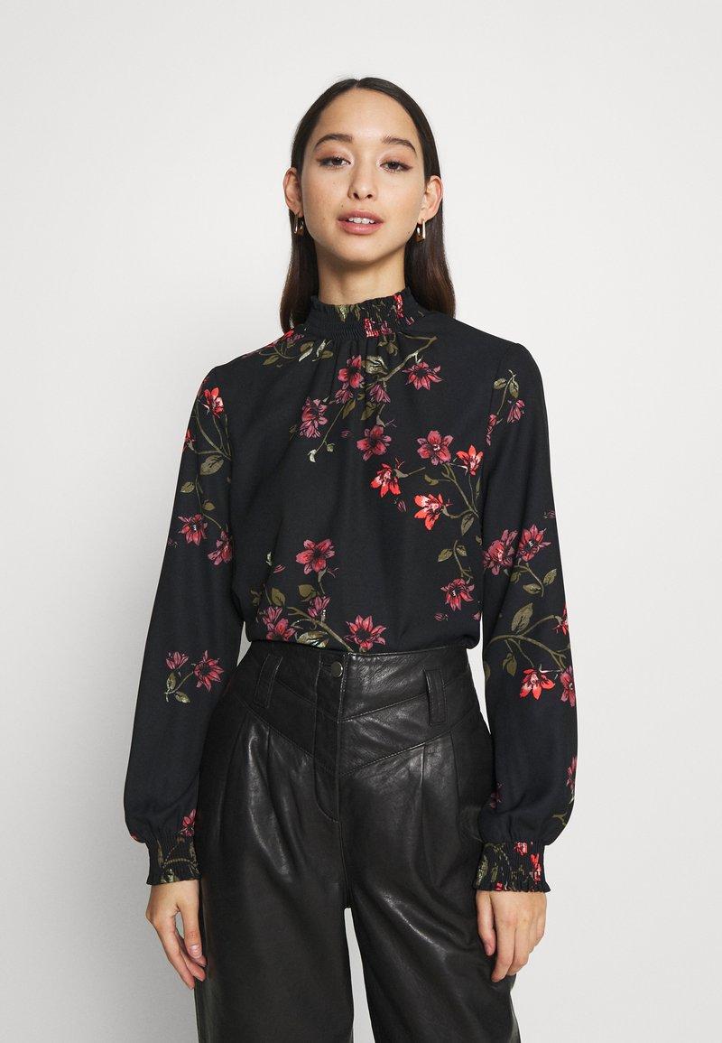 Vero Moda - VMGALLIE HIGH NECK SMOCK - Long sleeved top - black