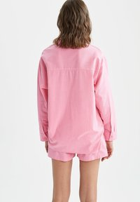DeFacto - OVERSIZED - Button-down blouse - pink - 2