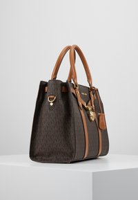 MICHAEL Michael Kors - Handbag - brown - 3