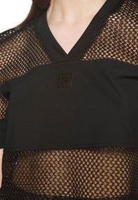 Fila - NIVEO CROPPED - Print T-shirt - black - 4
