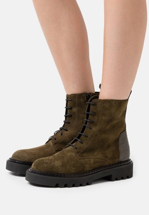 PECHINO - Lace-up ankle boots - verde
