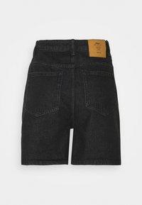 ONLY - ONLBAY LIFE  - Short en jean - black denim - 6