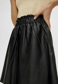 YAS - YASRORI - A-line skirt - black - 3