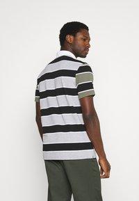 Lacoste - Polo shirt - argent/noir/blanc - 2