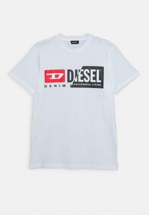 DIEGOCUTY MAGLIETTA UNISEX - Print T-shirt - bianco