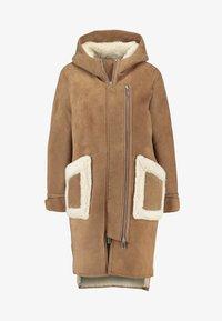NORR - CLEO SHEARLING COAT - Winter coat - camel - 4
