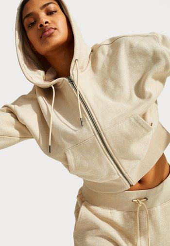 SWEATY BETTY X HALLE BERRY GINGER ESSENTIALS HOODY - Zip-up hoodie - pebble beige