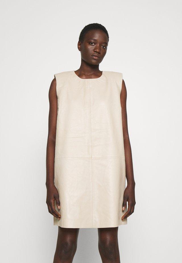 LILI - Sukienka letnia - pure cashmere