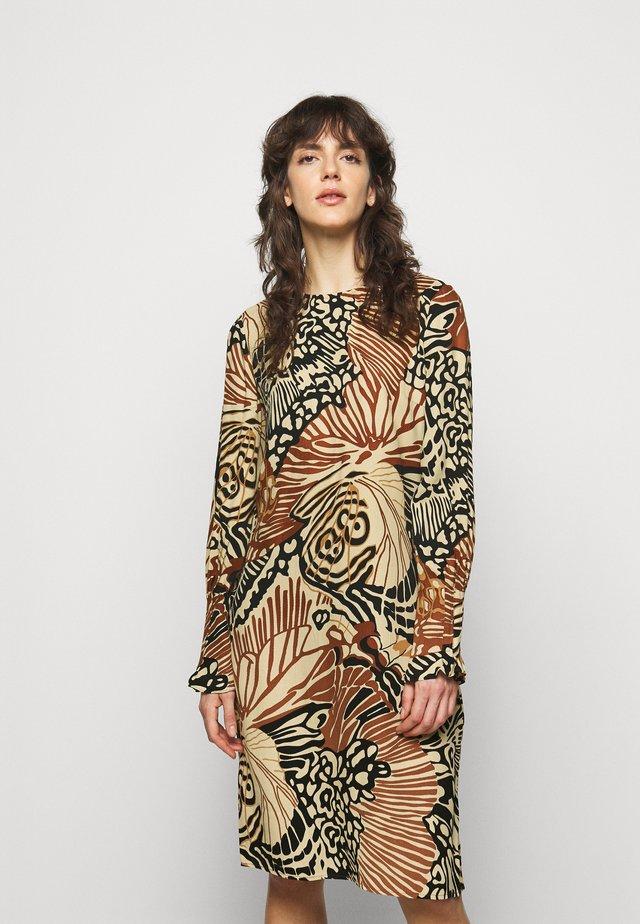 SETE - Day dress - dark caramel