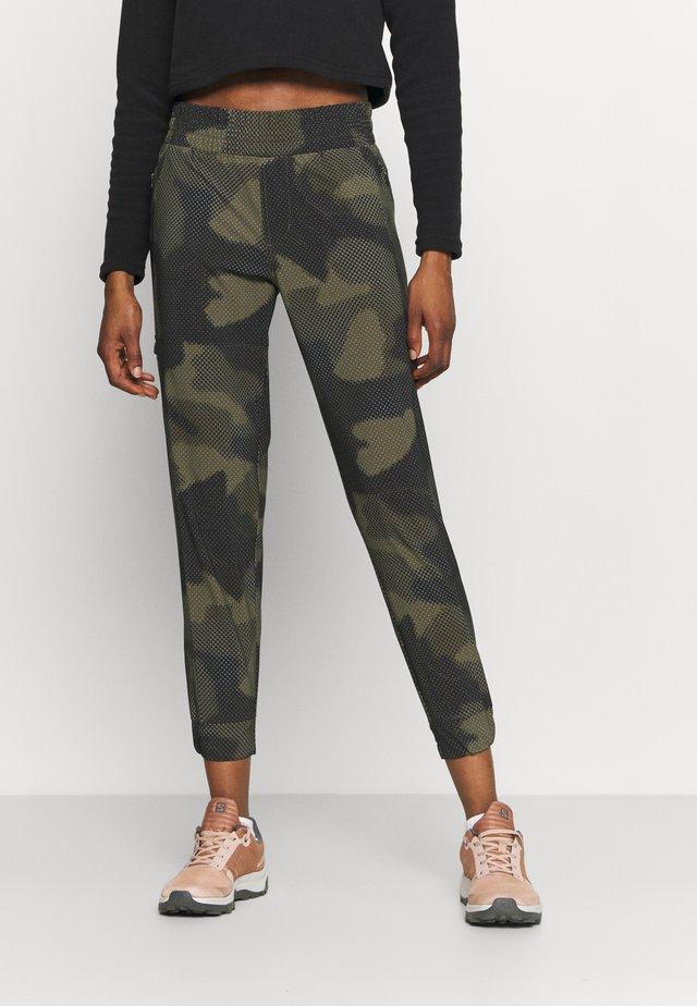 PLEASANT CREEK™  - Spodnie materiałowe - stone green