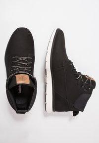 Timberland - KILLINGTON - Höga sneakers - black/white - 1