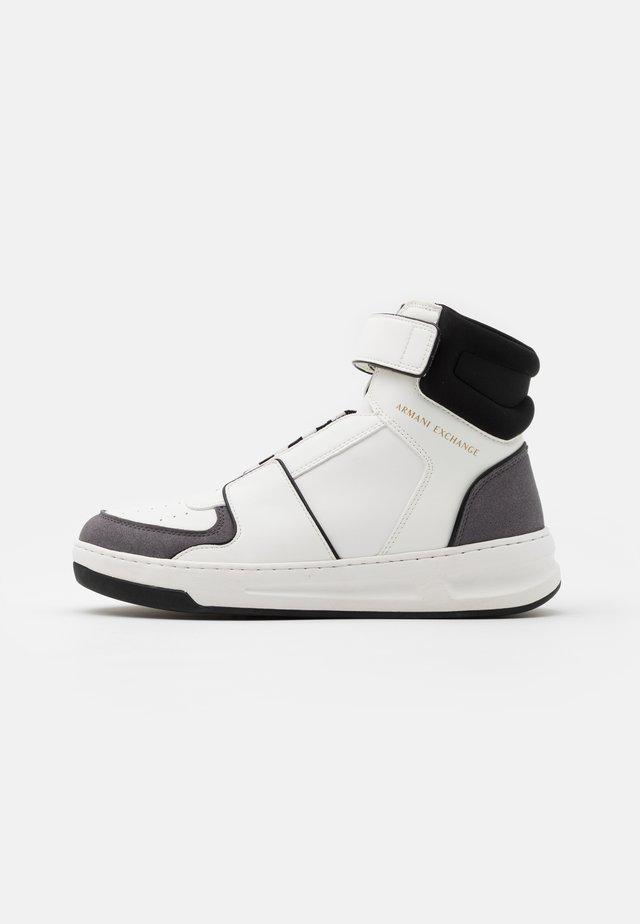 Sneakersy wysokie - white/grey