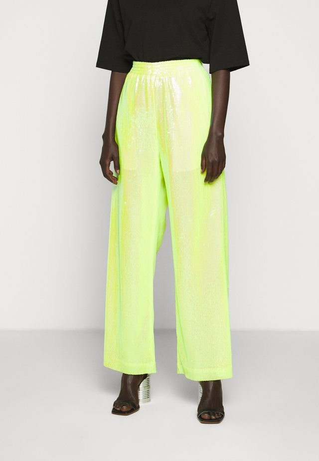SEQUIN PANT - Kangashousut - yellow