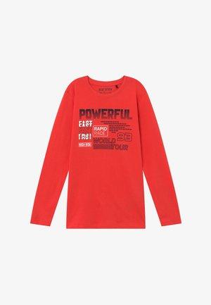 TEENS RACING  - Langærmede T-shirts - tomate