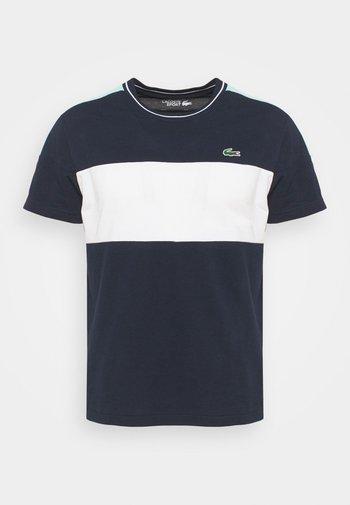 TOUR - T-shirt con stampa - bleu marine/blanc/vert /blanc