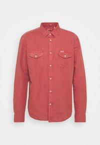 FLAP - Košile - barn red
