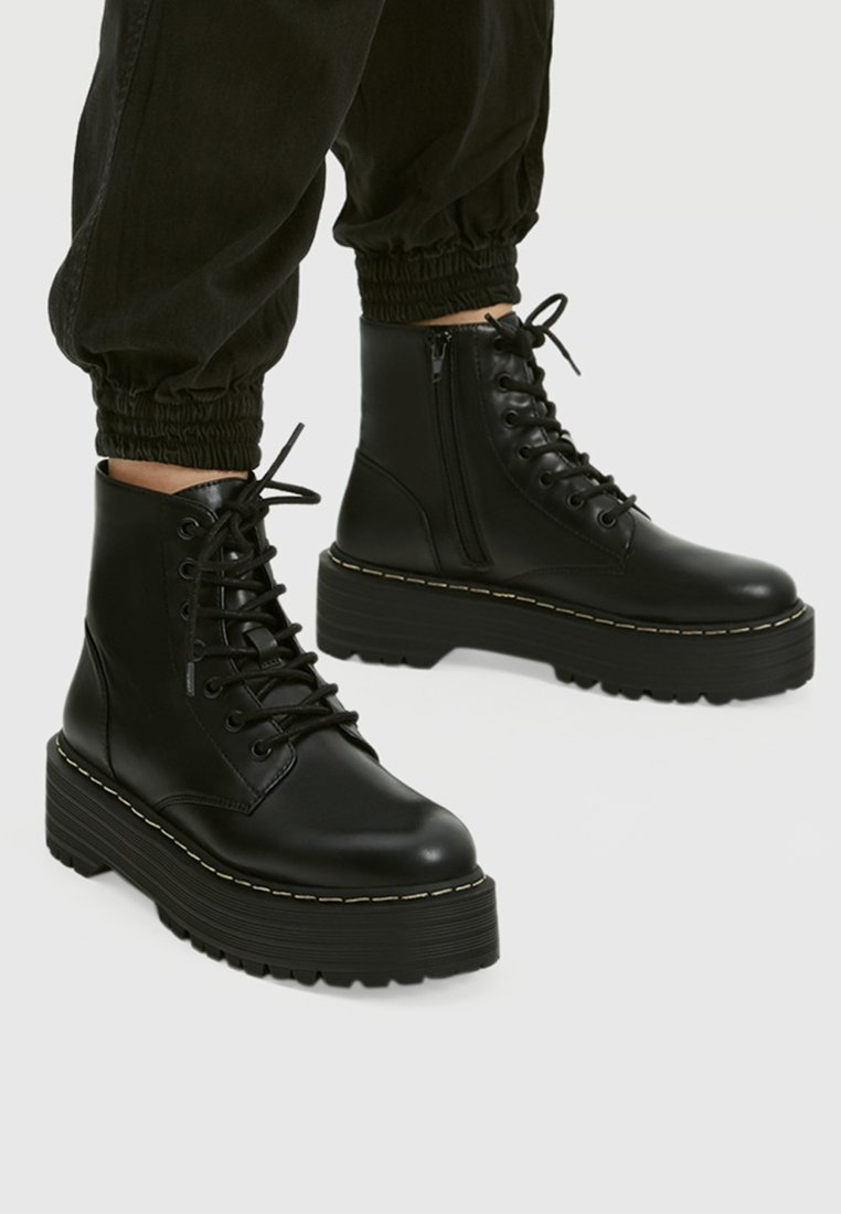 PULL&BEAR - Bottines à lacets - black