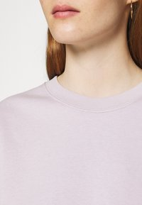 ARKET - NO HOOD - Sweatshirt - light lilac - 5