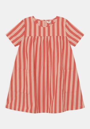 DRESS - Freizeitkleid - red/pink