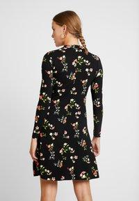 Dorothy Perkins - WINTER FLORAL PRINT HIGH NECK SWING - Jersey dress - black - 2