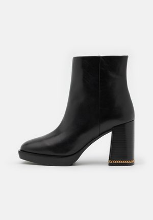 RUBY BOOTIE - Platform ankle boots - perfect black