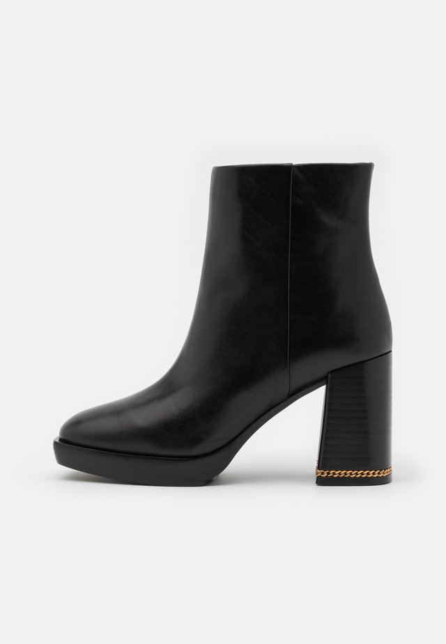 RUBY BOOTIE - Enkellaarsjes met plateauzool - perfect black