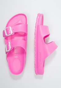 Birkenstock - ARIZONA - Pool slides - neon pink - 2