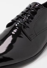 Topman - BRIAR DERBY - Stringate eleganti - black - 5