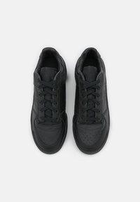 adidas Originals - FORUM BOLD - Zapatillas - core black/footwear white - 5