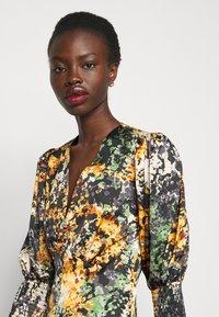 Never Fully Dressed Tall - BLOOM PRINT LINDOS DRESS - Robe d'été - navy/multi - 3