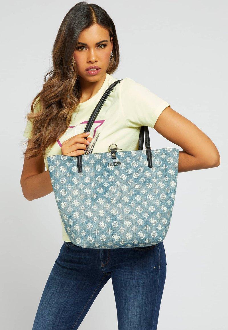Guess - ALBY - Handbag - blau