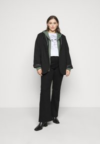 Even&Odd - REGULAR FIT ZIP UP HOODIE JACKET - Zip-up sweatshirt - green - 2