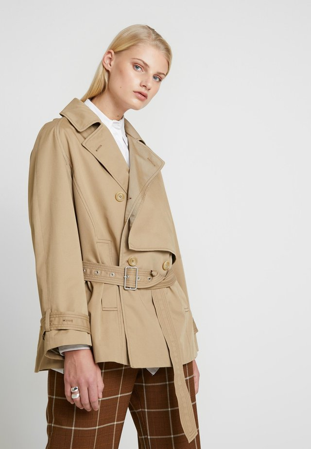 TRACE - Trench - beige