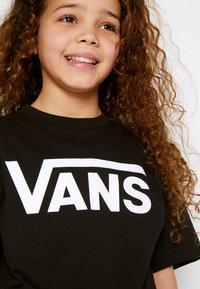 Vans - CLASSIC BOYS - T-shirt print - black/white - 4
