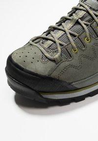 Haglöfs - VERTIGO PROOF ECO - Hiking shoes - lite beluga - 5