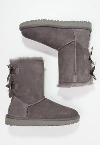 UGG - BAILEY BOW - Botines - grey