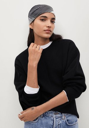 SKINS - Sweter - schwarz