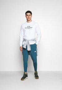 Peak Performance - ORIGINAL CREW - Sweatshirt - white - 1