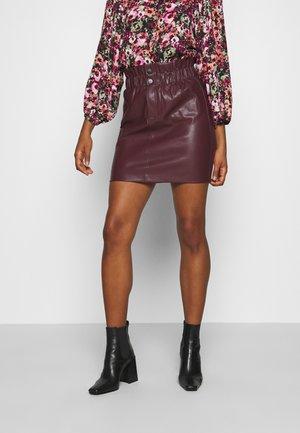 ONLMAIYA MIRI SKIRT - Mini skirt - port royale