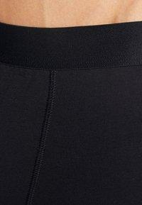 Zalando Essentials - 3 PACK - Pants -  black - 4