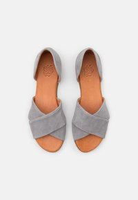 Apple of Eden - CHIUSI - Sandály - light grey - 5