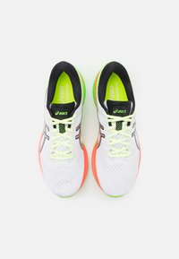 ASICS - GEL-KAYANO 27 SUMMER LITE SHOW - Stabilty running shoes - white/pure silver - 3