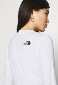 The North Face - COORDINATES TEE - Topper langermet - white - 4