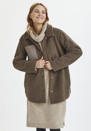 Winter coat - driftwood