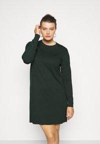 Even&Odd Curvy - Jumper dress - teal - 0