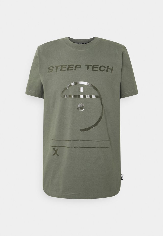 STEEP TECH LIGHT - T-shirt med print - agave green